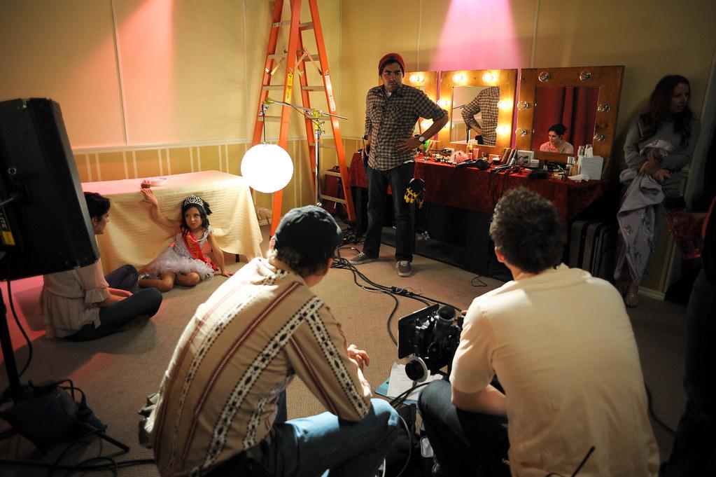 "Behind the scenes of ""Cupcake"""