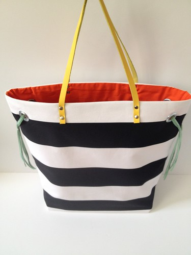 Stripe + Color Tote 17d