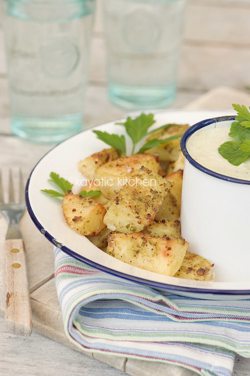 Roasted Potatoes & Tomatillo Dip