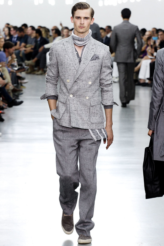 SS13 Milan Corneliani015_Lowell Tautchin(VOGUE)