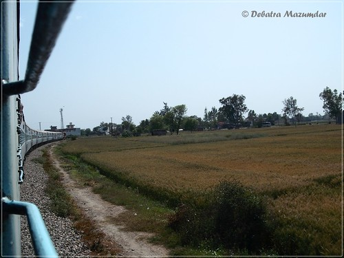 india ir rail punjab nr railways indianrailways lnk northernrailway 19224 lohian lohiankhas debatramazumdar jatadiexpress jammutawiahmedabadexpress fzrdivn