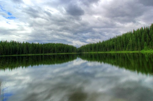 trees sky cloud mountain lake canada mountains reflection tree green nature water clouds canon landscape photography eos photo day bc cloudy britishcolumbia hdr ropeswing t2i canonrebelt2i ashphotography ashleiggh