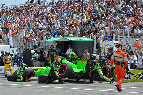 James Hinchcliffe pit stop, Toronto 2012