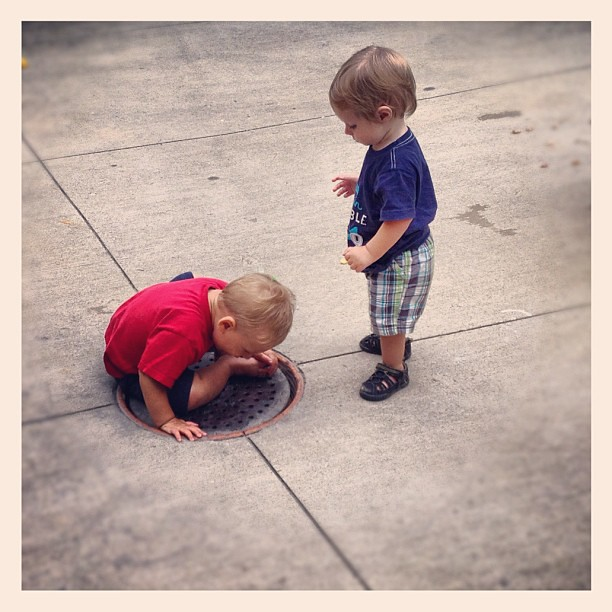 He was so busy playing w his friend he didn't realize he was standing on his own!