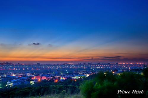 sunset taiwan 夕陽 sunbeam 台中市 taichungcity 霞光 大肚山 dadumountain sonya850 sony2470za