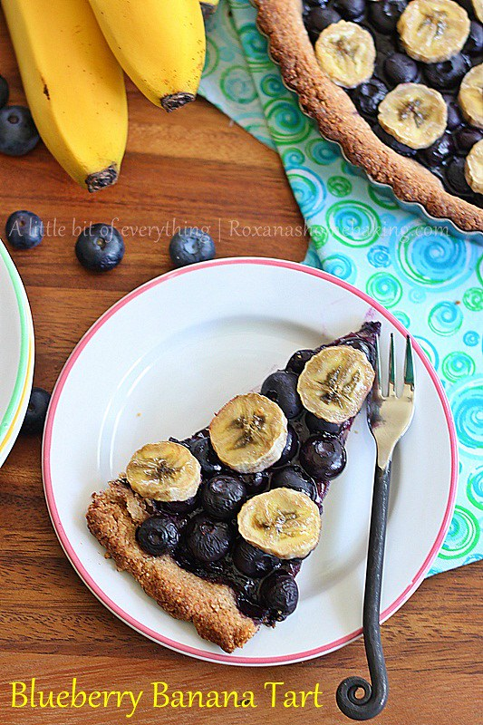 Blueberry Banana Tart | roxanashomebaking.com