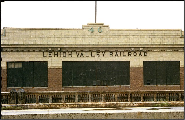 Lehigh Valley Railroad http://www.flickr.com/photos/m-joedicke/7662790680/