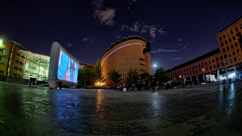 Cinema de Plein Air - Place des Droits de l homme 12