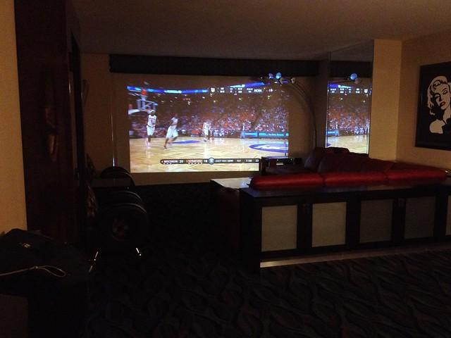 elara 1 bedroom suite projection tv in the suite very nic