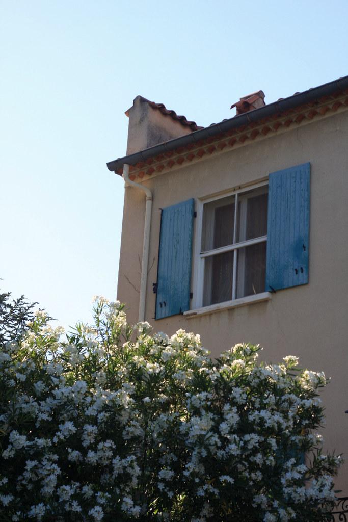 maison-corner-1-700p