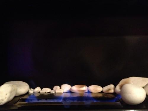 Piedras & fuego by Cesar Dominguez