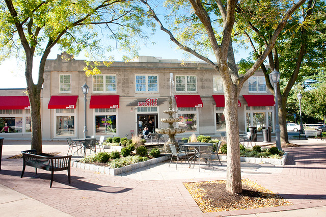 Suburban Square in the Ardmore area of the city of Philadelphia is an upscale shopping centre that serves as the first choice of many premia, high-end customers.