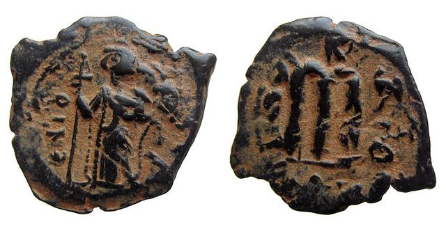 Byzantine Coins 2014 - Page 3 13384492485_76065fe1dd_z