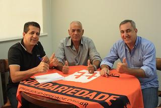 David Martins (à esquerda) tem reunião com os vereadores Zé Baiano (centro) e Bidu, de Barueri