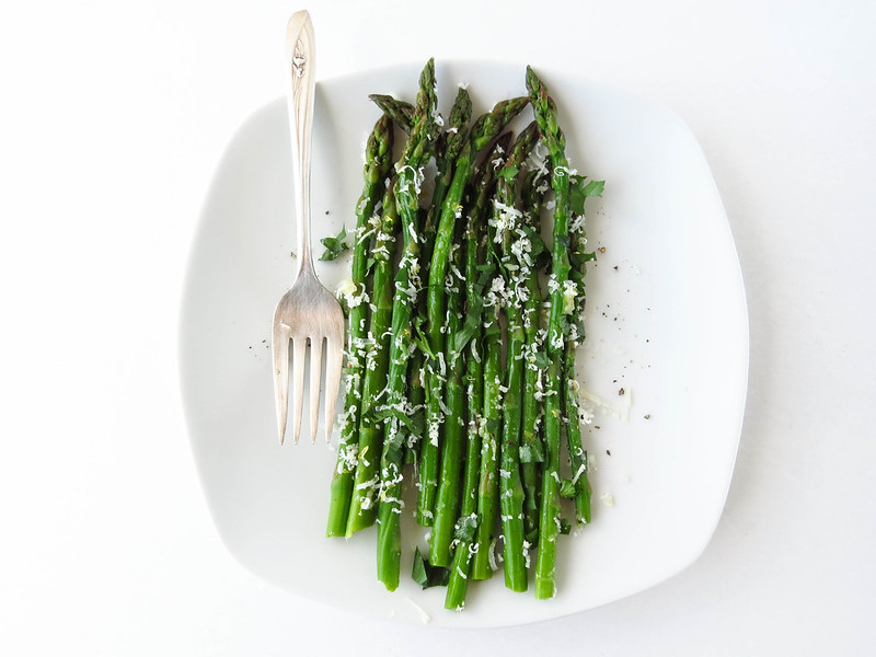 Asparagus with Lemon and Manchego