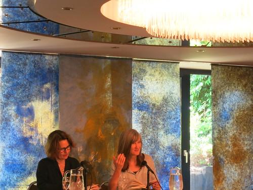 Nell Zink und Ariela Sarbacher