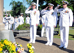 BRISBANE, Australia (May 5, 2012) Vice Adm. Scott H. Swift, commander of U.S. 7th Fleet, left, Royal Australian Navy Vice Adm. Ray Griggs, and Cmdr. Mike Weeldreyer, commanding officer of USS Halsey (DDG 97), pay respects to the men and women who served during the Battle of Coral Sea. (U.S. Navy photo by Mass Communication Specialist 3rd Class Christopher Farrington)