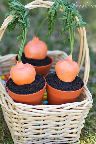 Stuffed Carrot Garden Cupcakes.