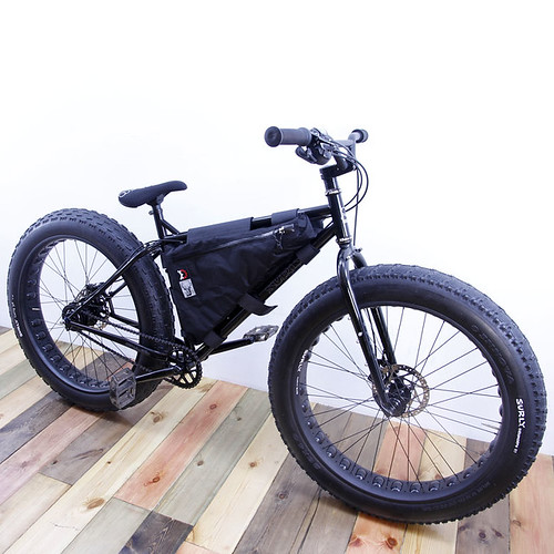 Revelate Designs / Surly Pugsley Frame Bag /FATBIKE
