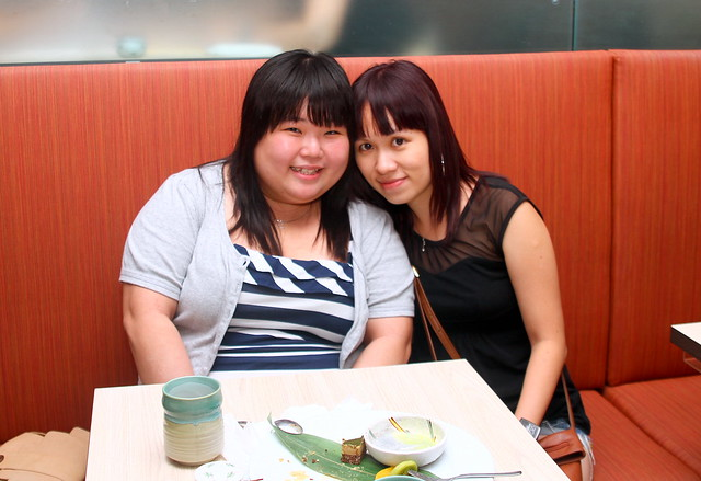 Shimbashi Soba: Maureen and her friend