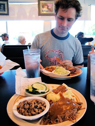Meat and 3 at Hi Burger