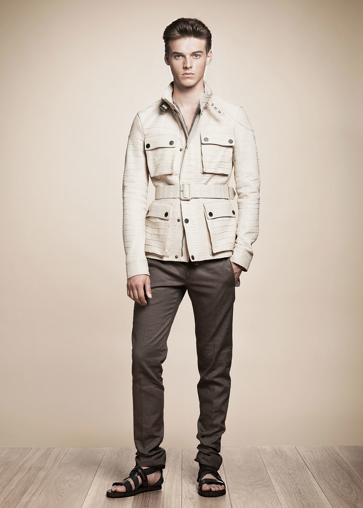 Robbie Wadge3620_SS13 Milan Belstaff(fashionising.com)