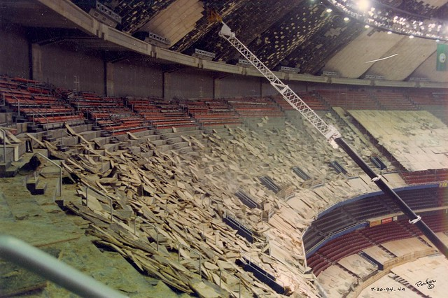 Ceiling Tile Removal Kingdome Roof Repair 1994 Flickr