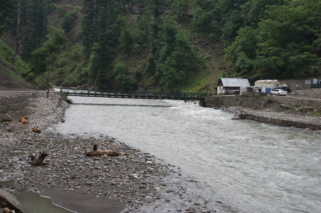 """MJC Summer 2012 Excursion to Neelum Valley with the great """"LIBRA"""" and Co - 7641957712 8285675364 b"""
