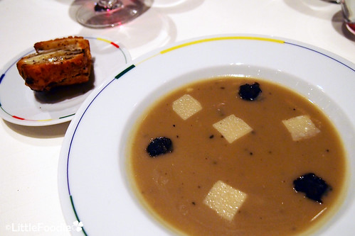 The artichoke and black Truffle Soup