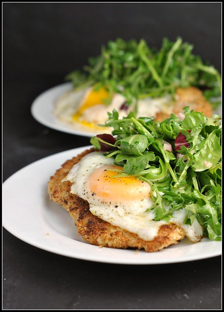 Crispy Baked Chicken with Egg and Arugula Salad 4