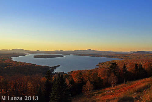 autumn sunset fall maine newengland whitemountains foliage overlook heightofland franklincounty oxfordcounty mooselookmegunticlake