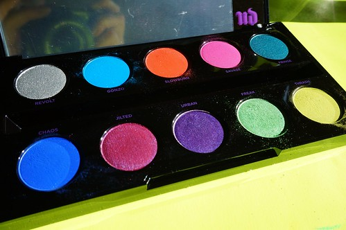 Electric palette close-up