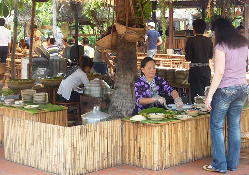 V 12-Ho Chi Minh-Parc-Maries (11)
