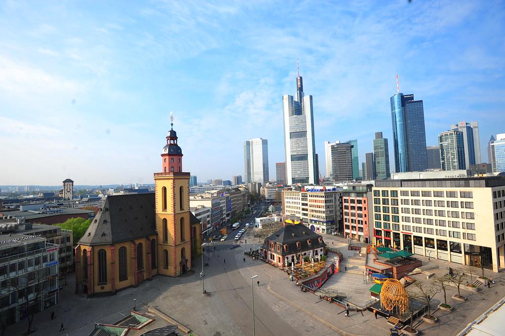 Frolick In Frankfurt