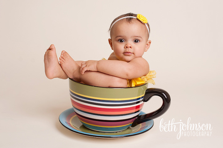 tallahassee florida baby photography baby in teacup yellow