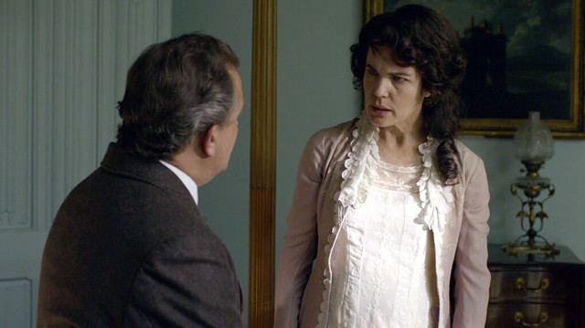 DowntonAbbeyS01E07_Cora_creamnightdress