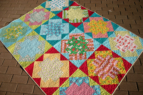 Springtime Hues quilt - in issue 9 of Fat Quarterly