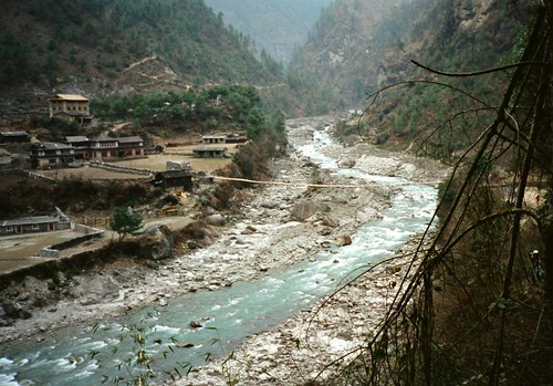 bridge nepal trekking trek river suspension 1997 himalaya everest ghat dudhkosi