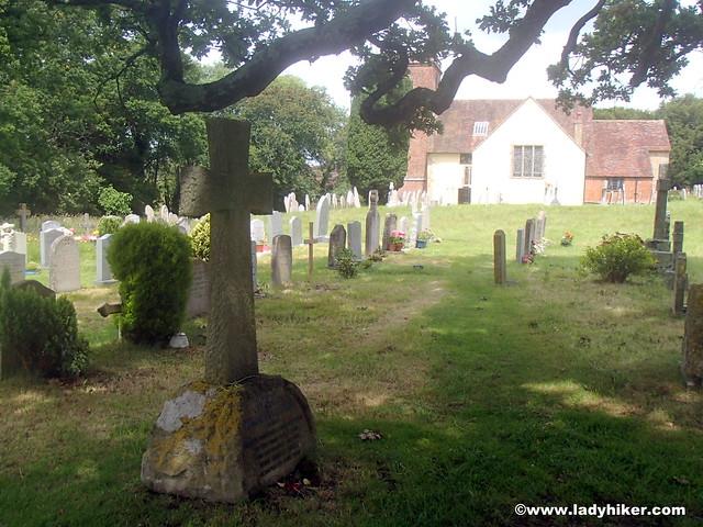 Minstead churchyard