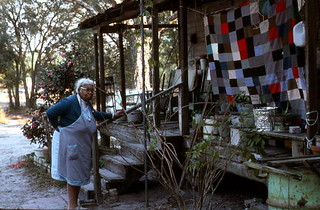 Quiltmaker Ruth Rowe at her house: Pomona Park, Florida