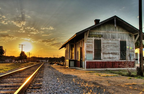 old railroad morning light abandoned station sunrise vintage golden illinois nashville sweet depot ln washingtoncounty nationalregisterofhistoricplaces nrhp louisvilleandnashville