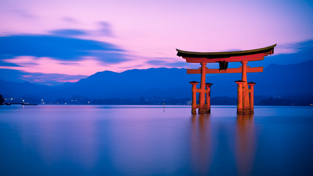 Torii Gate Miyajima Japan Torii Gate In The Water Near M Flickr