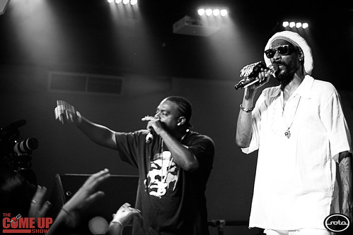Snoop & Wiz: Throwin' it Down in Black and Yellow