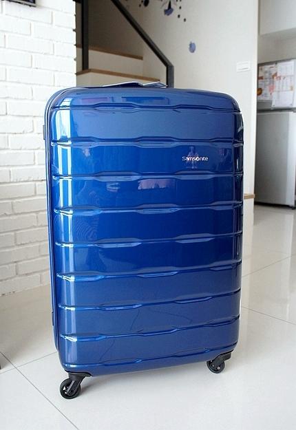 新秀麗行李箱03