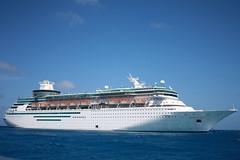 cruise-shipatsea