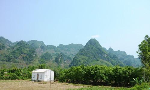 V-Route Hanoi-Lang Son (102)