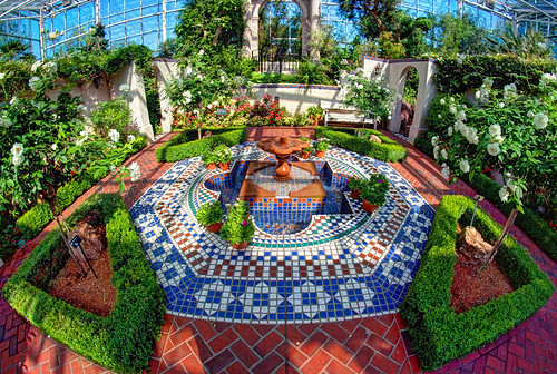 Curved Mosaic Garden by DisHippy