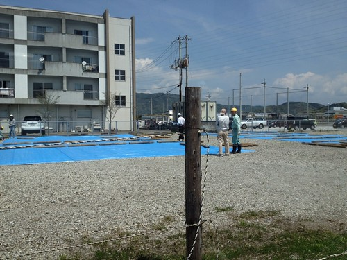 アトラクトe/mの隣の空き地で工事 by haruhiko_iyota