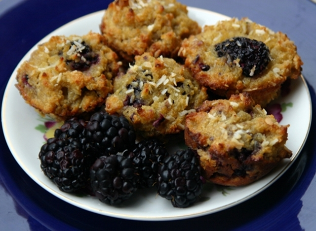 Skunkboy Blog: Recipe Time: Blackberry Coconut Crumble Muffins