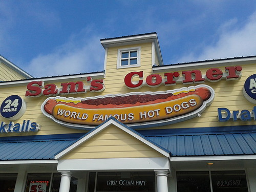 The front of Sam's Corner with its world famous hot dogs sign